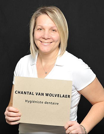 Chantal Van Wolvelaer