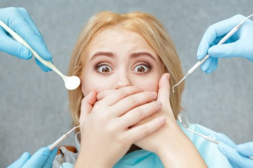 Les broches et les caries dentaires liées
